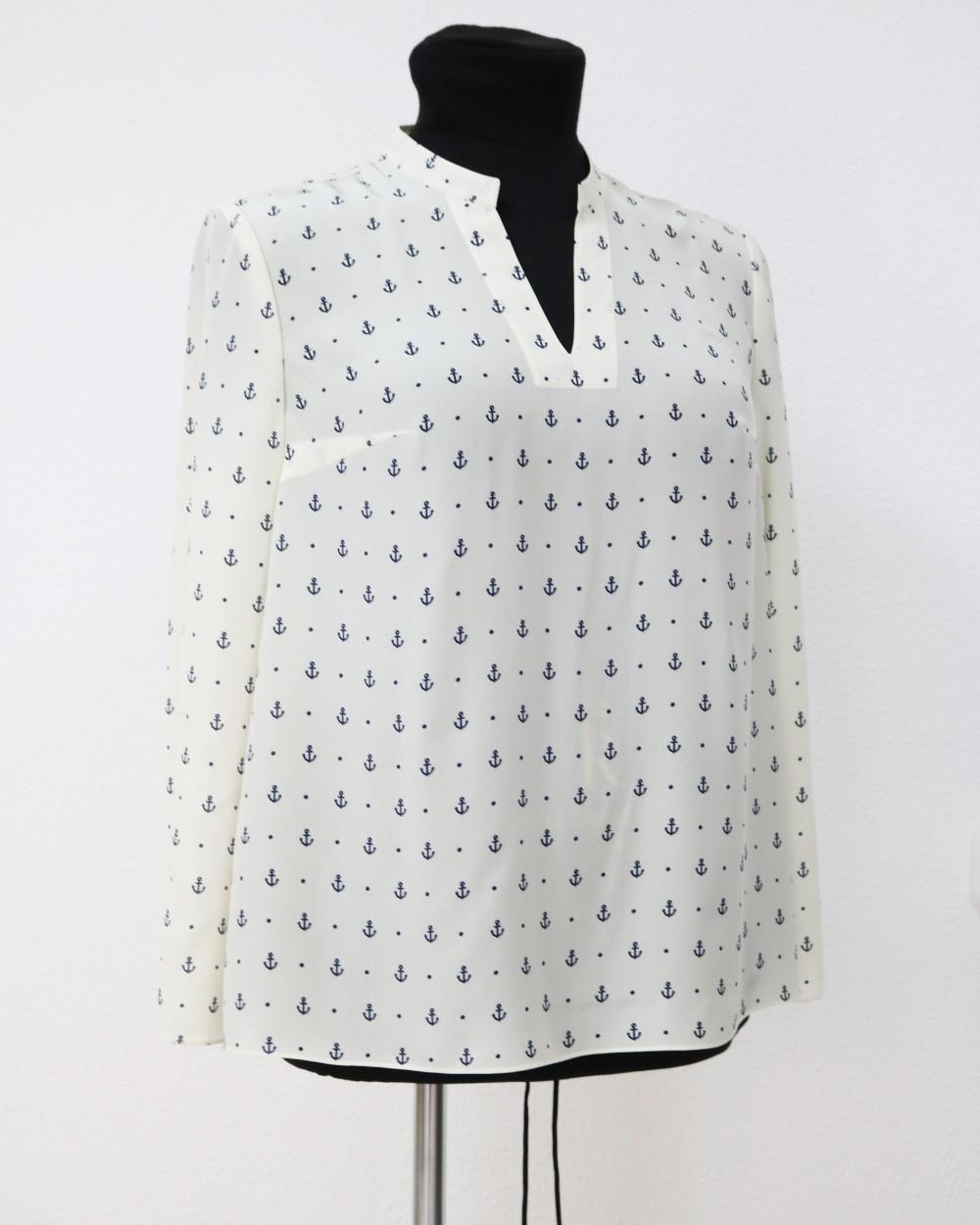 c094f724be2 Белая блузка в морском стиле