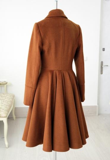белорусские дизайнеры пальто, пальто белорусских дизайнеров, купить дизайнерское пальто, дизайнерское пальто минск, дизайнерское пальто купить минск, купить женское демисезонное пальто минск, пальто с пышной юбкой купить