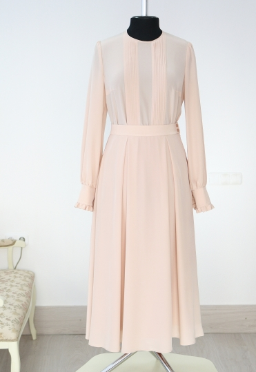 модные платья купить минск, платья минск, пошив минск, ателье минск, ателье москва, розовое платье , платье пудрового цвета, пудровый цвет, платья москва, платья екатеринбург, платья спб , купить нарядное платье минск , нежное платье, элегантное платье, женственное платье, купить шелковое платье минск, silk dress , ulyana sergeenko dress, powder colour, платье на свадьбу, купить вечернее платье минск, платья на выход, эффектное платье, шелковая юбка , шелковая блузка