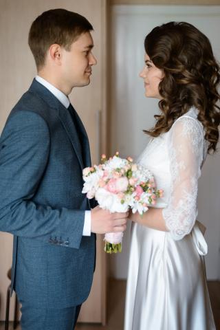 Индивидуальный пошив свадебного платья для Анны, фото в загсе - отзыв