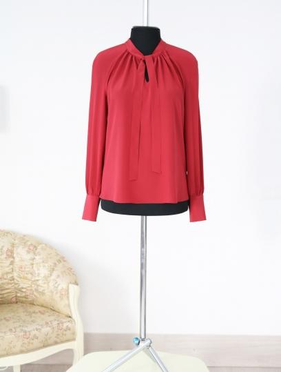 стильная блузка, красная блузка , с чем носить юбку в клетку, с чем носить кожаную юбку, осенний образ, atelier altanova, стильная блузка ,осенняя блузка, блузка с бантом, блузка на работу, fall outfit